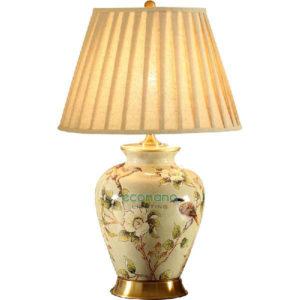 đèn bàn đế sứ