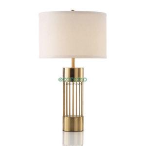 đèn bàn đế vàng