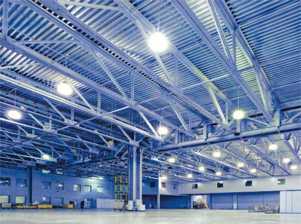 sử dụng đèn led nhà xưởng để tiết kiệm điện năng